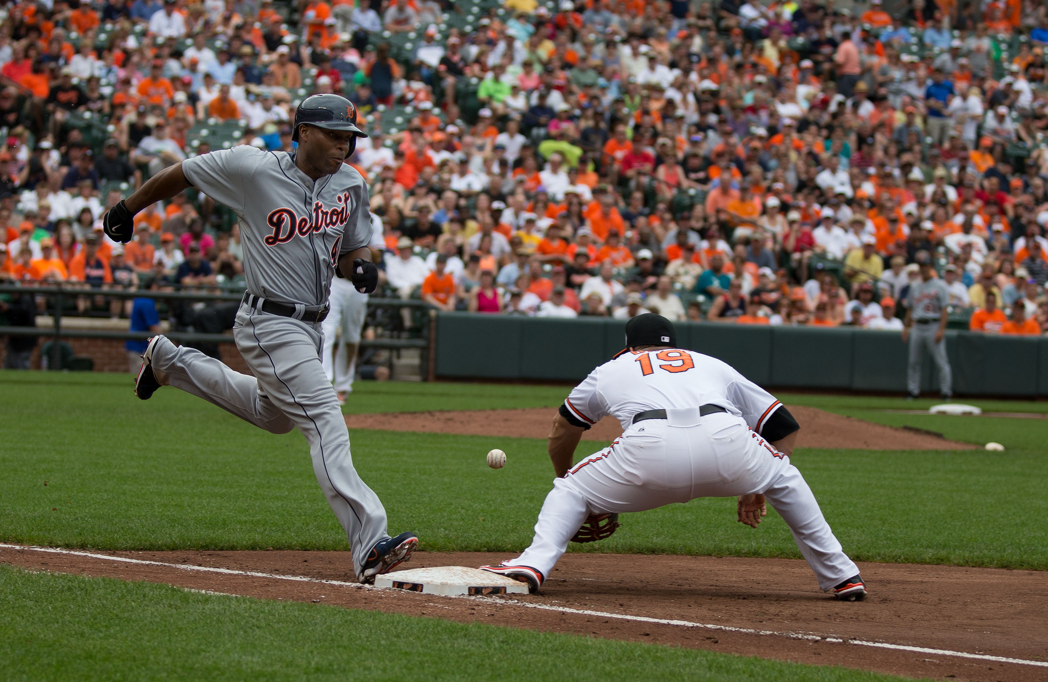 """Torii Hunter, Chris Davis"" by Keith Allison is licensed under CC 2.0."