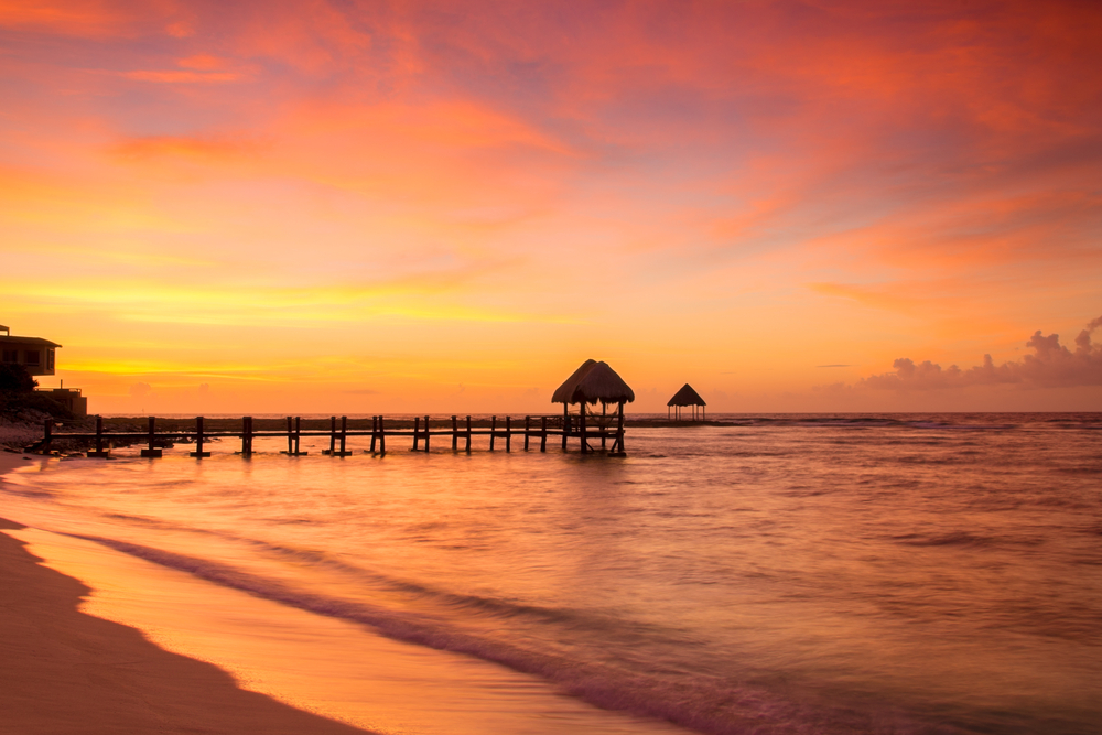 Travel Deal Round-up! Book Flights to Cancun and</div><div class=