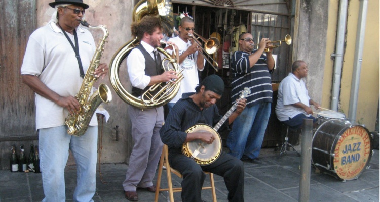 preservation-hall-jazz-band-in-new-orleans