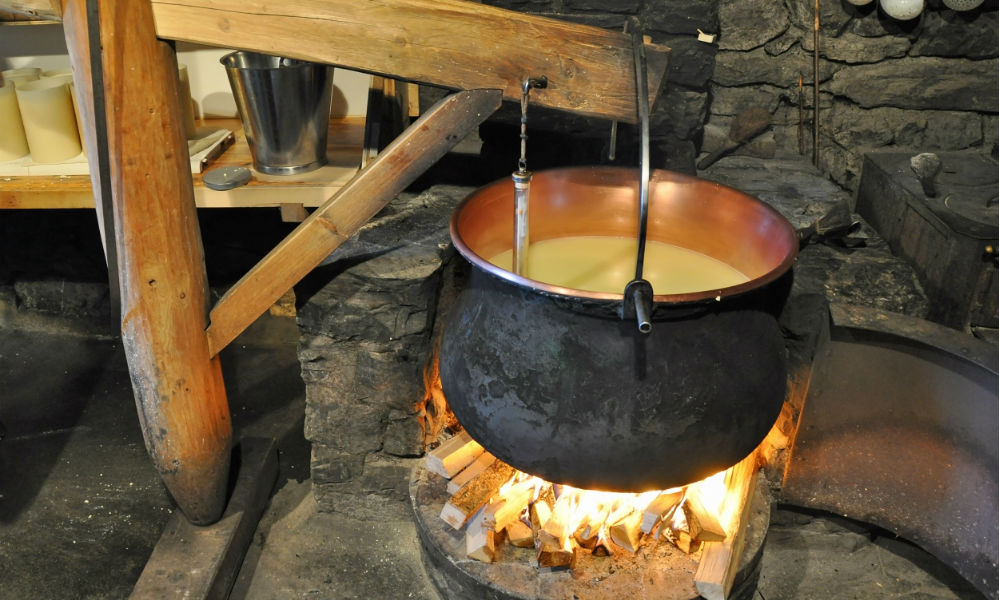 traditional-cheese-making-in-switzerland