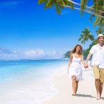 honeymoon couple on </div><div class=