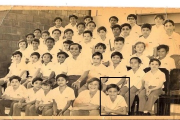 Childhood photo of Chema and classmates in Nicaragua