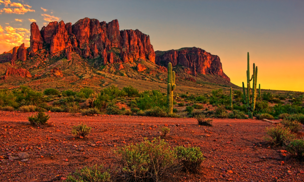 The Superstition Mountains, phoenix