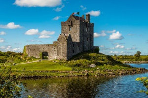 things to do in galway ireland dunguaire castle