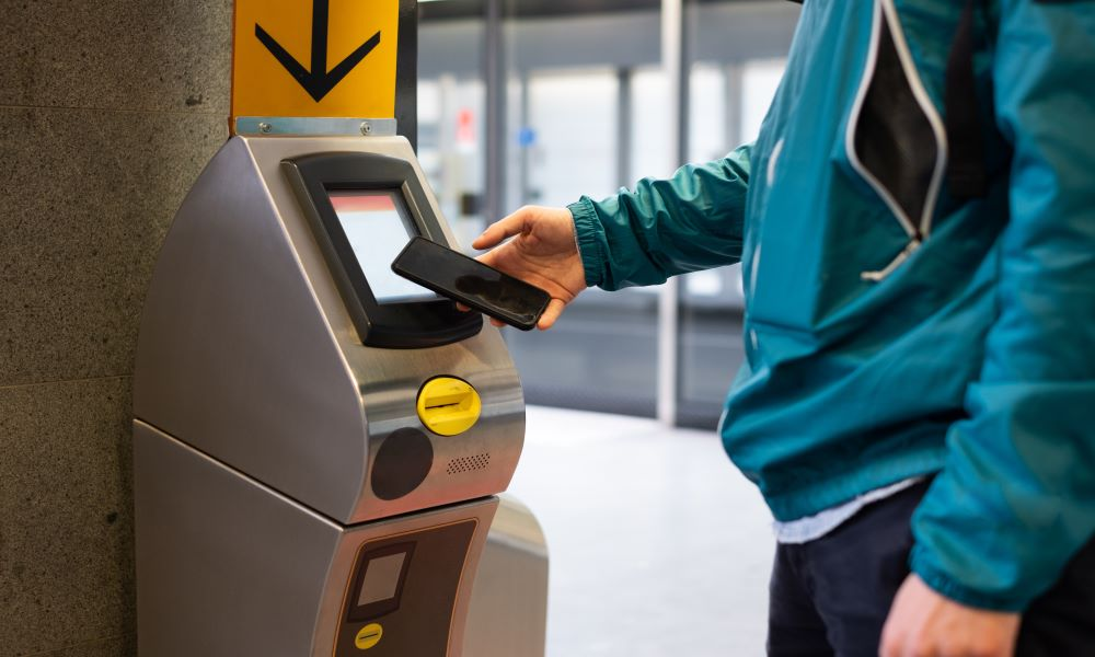 contactless check-in - printing boarding pass at the airport