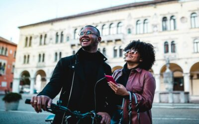 Couple Traveling to a Big City for the First Time