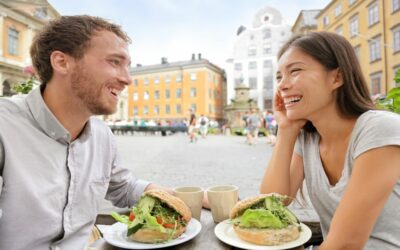 How to Be Vegan When You're Traveling Couple