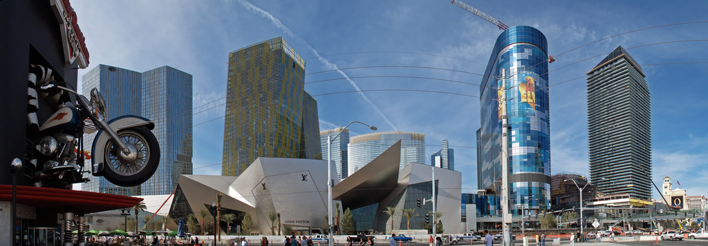 The new CityCenter is hoping to bring back the tourism to Vegas (Flickr: snowpeak)