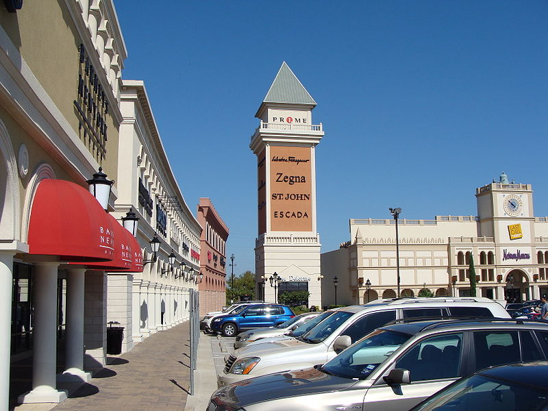Top Five Outlet Malls in the U.S.A. | Miles Away Travel Blog