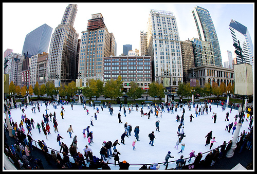 Family Travel: Five Outdoor Ice Skating Rinks Worth the Trip, Flickr: fensterbeme