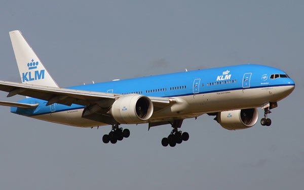 KLM to No Longer Sell Middle Seat