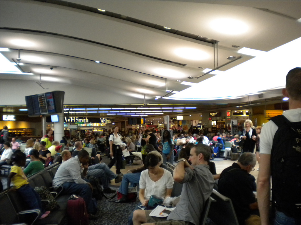A study suggests crowded airports like Heathrow could do more to maximize the  number of passenger each year (Flickr: tanjila)