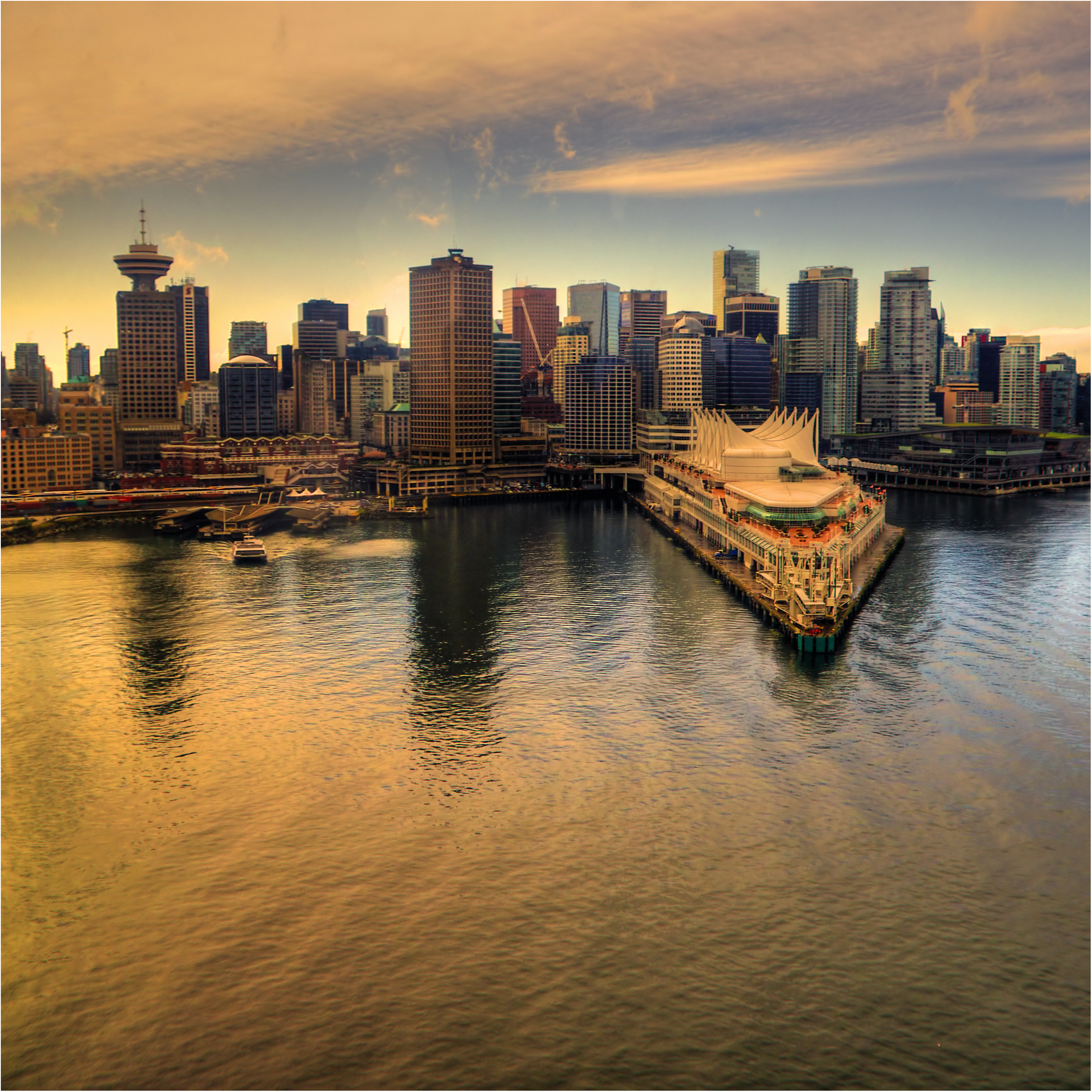 Vancouver Living: Top 10 Places You MUST Visit In Vancouver