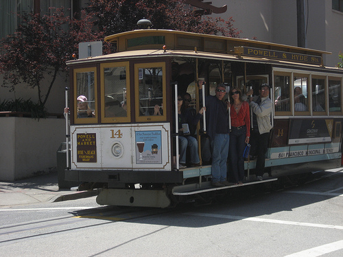 Family Travel: Hop Aboard a Cable Car in San Francisco, Flickr: dannyman