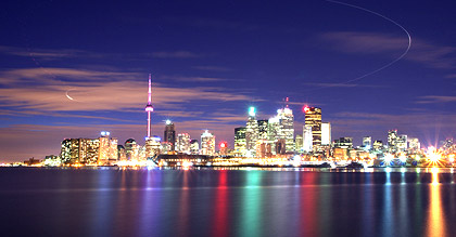 toronto vacation packages canada book toronto vacations. Black Bedroom Furniture Sets. Home Design Ideas