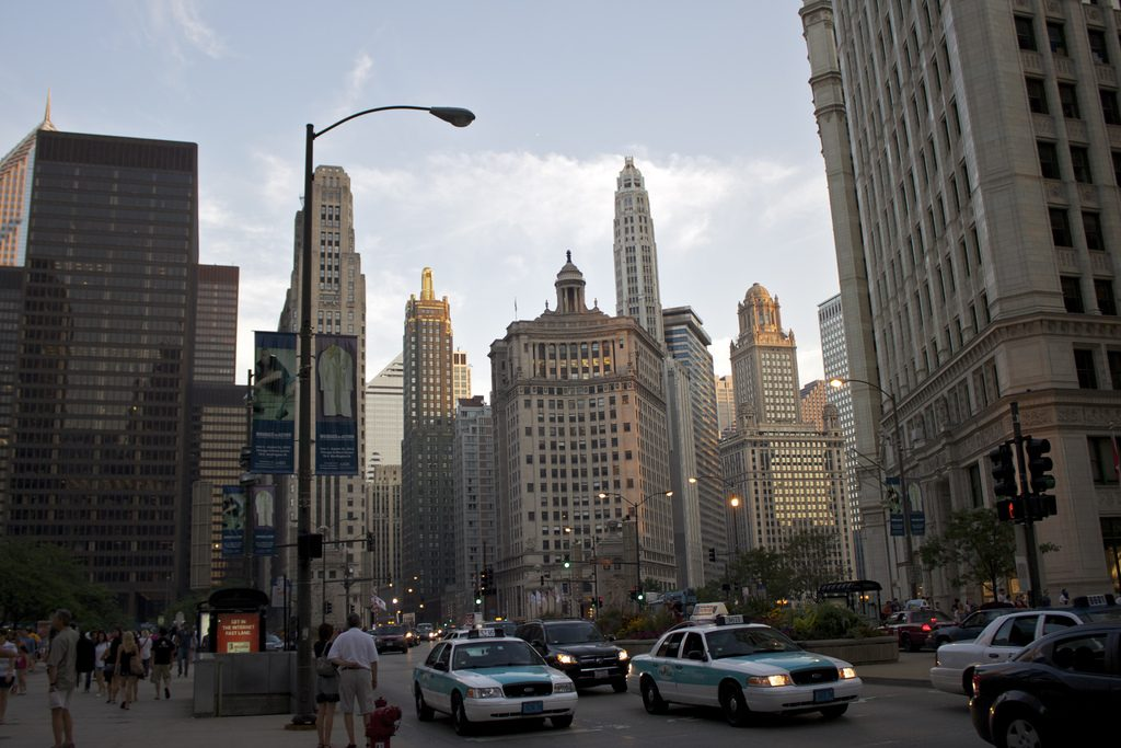 Magnificent_Mile_Chicago