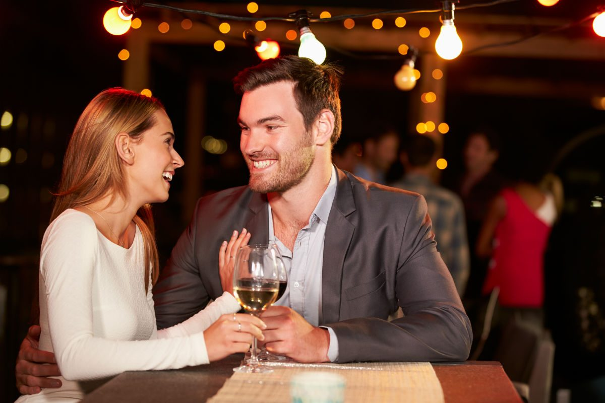 The Five Most Romantic Drinking Spots in Las Vegas